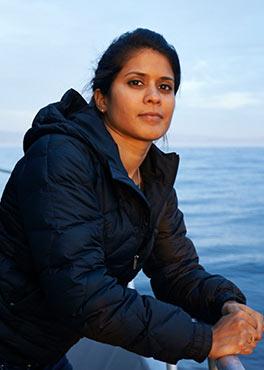 Dr Asha De Vos PhD '14